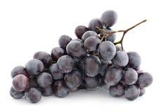 Mazzo di uva. su bianco Fotografia Stock