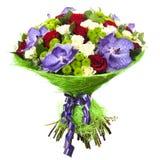 Mazzo fresco e fertile dei fiori variopinti, isolato su fondo bianco Fotografie Stock