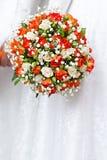 Mazzo nuziale ad una festa nuziale, mazzo di fiori. Fotografia Stock Libera da Diritti