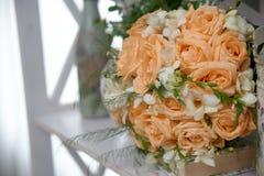 Mazzo nuziale delle rose Fotografia Stock