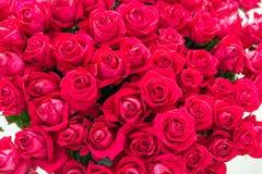 Mazzo romantico della rosa rossa Immagine Stock