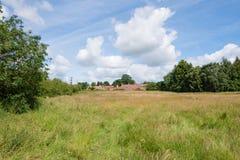 Mazzo rurale delle case tradizionali in campagna inglese Fotografia Stock Libera da Diritti