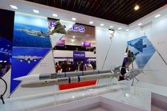 MBDA som ställer ut deras missilsystem på Singapore Airshow Arkivbild