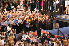 McCain introduceert Palin als VP in Dayton Ohio Stock Foto's