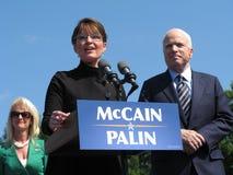 McCains y Sarah Palin Imágenes de archivo libres de regalías