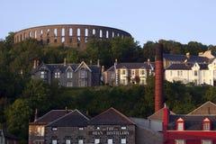 McCraigs Kontrollturm u. Oban Brennerei - Schottland stockfotos