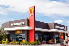 McDonald's im buriram ziehen sich, Thailand zurück Stockbild