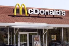 McDonald-` s Restaurant lizenzfreie stockfotos