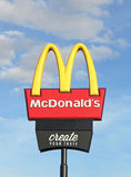 McDonald's (1955) is the world's largest chain of fast food restaurants, serving customers in 119 countries Stock Photos