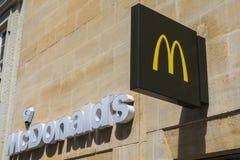 Mcdonalds restauraci znak Zdjęcia Royalty Free