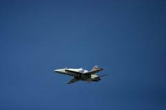 McDonnell Douglas F/A-18 Hornet Φ 18 αεριωθούμενος μαχητής Στοκ Εικόνα