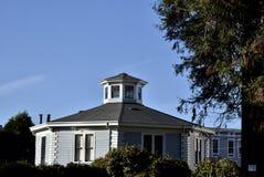 McElroy-Achteck-Haus ist eins des Letzten von drei in San Francisco, 1 Stockfotos