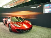McLaren C12 Sport-Auto auf Bildschirmanzeige Stockfotos