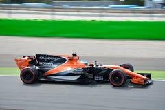 McLaren Formule 1 die door Fernando Alonso wordt gedreven Royalty-vrije Stock Foto