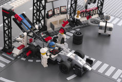McLaren Mercedes Pit Stop de LEGO Speed Champions Fotos de archivo libres de regalías