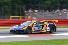McLaren racerbil Arkivfoto