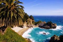 McWay Fälle, Kalifornien Lizenzfreie Stockfotos