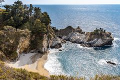 Free Mcway Falls At Julia Pfeiffer Burns State Park On The Big Sur Coast Of California Stock Images - 152600864
