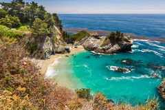 Mcway Falls in Julia Pfeiffer Burns State park Royalty Free Stock Photos
