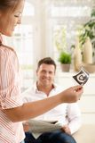 mężczyzna obrazek pokazywać ja target1274_0_ ultradźwięku kobieta Obrazy Stock