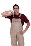 Mężczyzna przygotowywający dostosowywać podłoga Obrazy Royalty Free