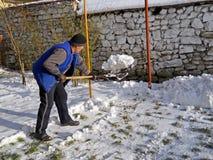 mężczyzna target39_0_ śnieg Obrazy Royalty Free