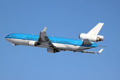 MD-11 taking off Royalty Free Stock Images