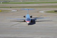 MD80 samolot od American Airlines (AA) Fotografia Stock
