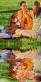 Mädchen auf Picknick Lizenzfreies Stockfoto