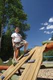 Mädchen auf Spielplatz Lizenzfreie Stockfotos
