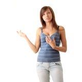 Mädchen des jungen jugendlich, das, sprechend schreit. Lizenzfreie Stockfotografie
