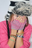 Mädchen mit einem lustigen Hut Lizenzfreie Stockfotografie