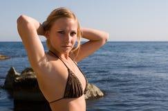 Mädchen und Meer Stockfoto