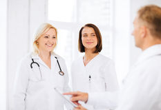 Médecins sur une réunion Photo stock