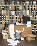 Müdes junges Geschäfts-Mädchen Lizenzfreie Stockfotografie