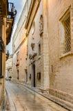 Mdina, Μάλτα: στενή οδός της μεσαιωνικής πόλης στοκ φωτογραφία με δικαίωμα ελεύθερης χρήσης
