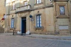 Mdina, Malta - 4. August 2016: Mdina-Polizeireviereingang Lizenzfreie Stockbilder