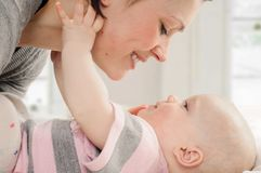 Mãe com seu bebê Foto de Stock
