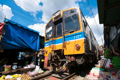 Meaklong kolei rynek Fotografia Royalty Free
