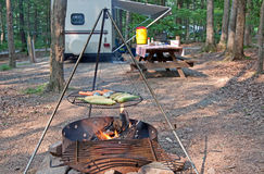 Mealtime no Campground Fotografia de Stock Royalty Free