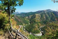 Meander Arda rzeka, grobelny Kardzhali, Bułgaria Rhodope góry obraz royalty free