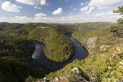 Meandro del río de Vltava Foto de archivo libre de regalías