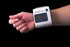 Measuring blood pressure Royalty Free Stock Photos
