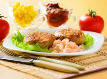 Meat chops with the peeled shrimp Royalty Free Stock Images
