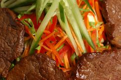 Meat med grönsaker Arkivfoton