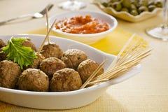 Meatballs com mergulho Imagens de Stock Royalty Free