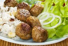Meatballs e arroz indianos da refeição Imagens de Stock