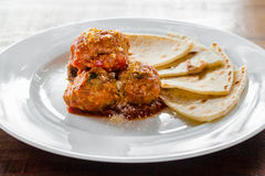 Meatballs with flatbread Royalty Free Stock Photography