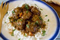 Meatballs med Rice arkivbild