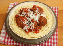 Meatballs in Tomato Sauce with Pasta Royalty Free Stock Images